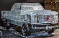 Пикап с кузовом изо льда