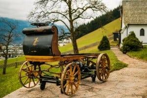 В гараже найден первый автомобиль Порше