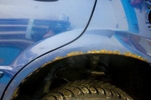 Убрать ржавчину с кузова автомобиля