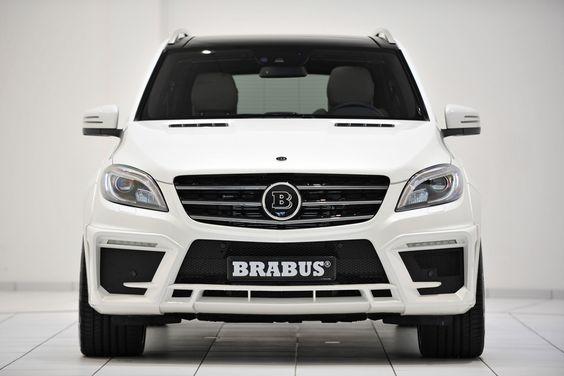 Brabus B63S-700 Widestar белый