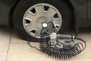 Автокомпрессор для подкачки шин