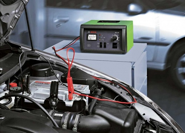 Зарядное устройство для автомобиля