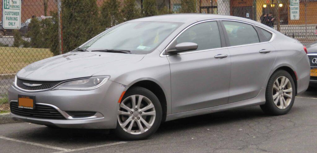 Chrysler 200 2015 авто фото