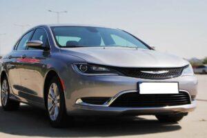 Chrysler 200 2015 машина фото
