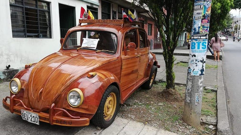 Volkswagen жук из дерева фото