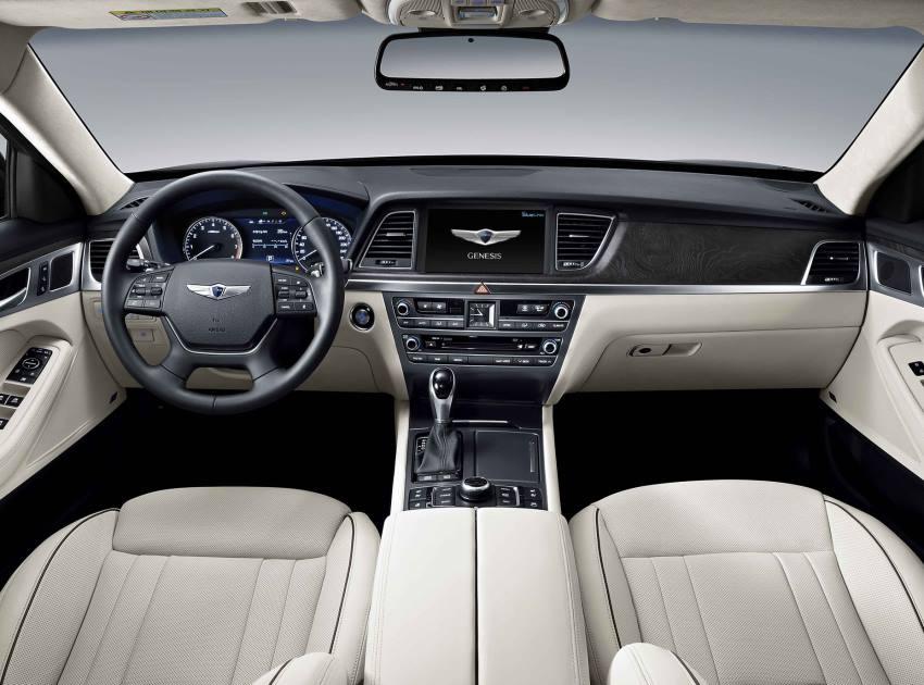 Hyundai Genesis 2015 внутри фото
