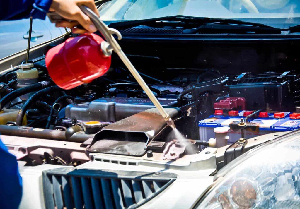 Как помыть двигатель автомобиля фото