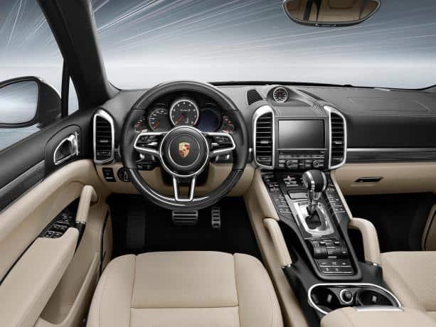 Porsche Cayenne 2015 внутри фото