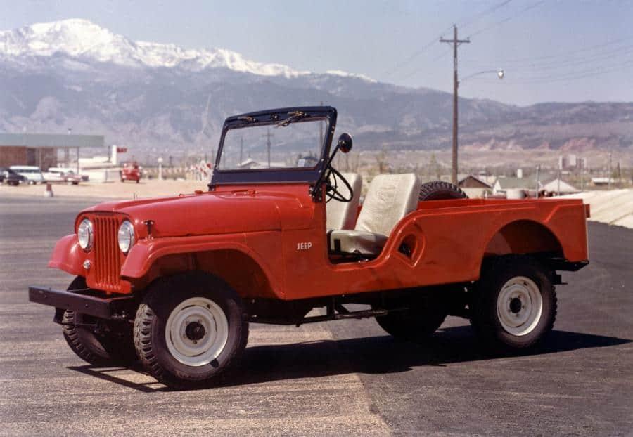Jeep CJ-6 фото