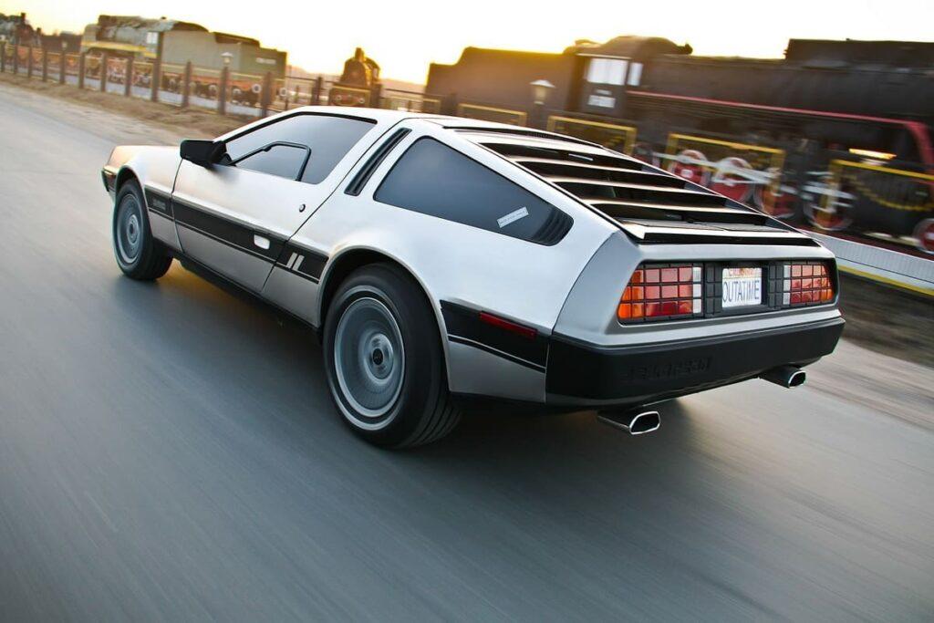 История марки DeLorean авто фото