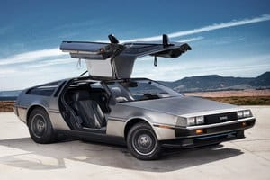 История марки DeLorean