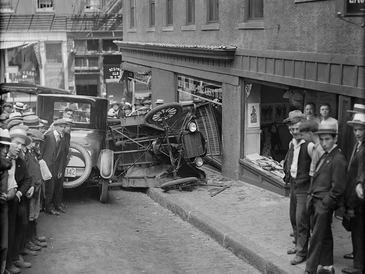 Фото автомобильных аварий 1930-x годов в Бостоне, США фото