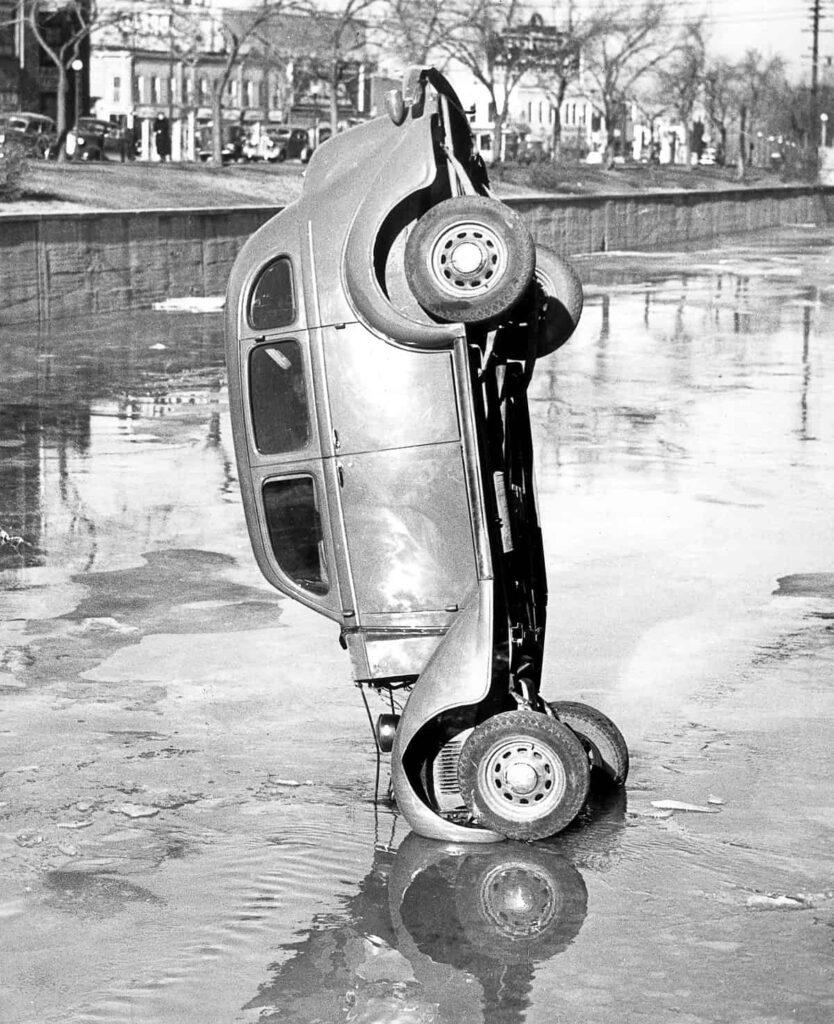Трагичные и нелепые автомобильные аварии Бостона фото