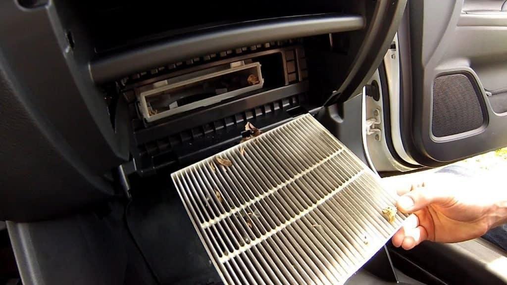 салонный фильтр в автомобиле