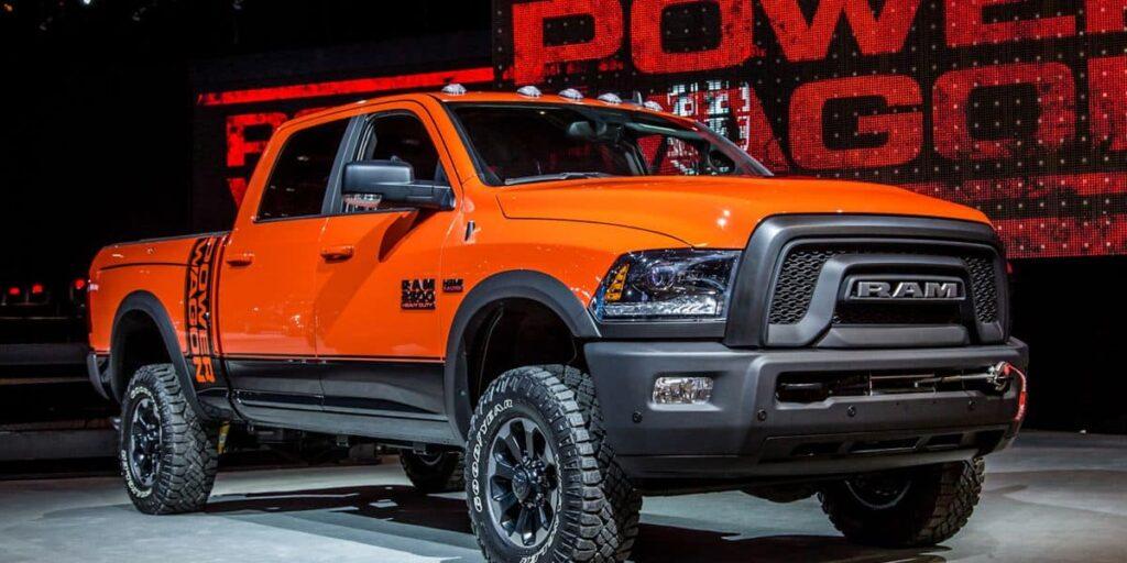 Ram Power Wagon 2017 оранжевый