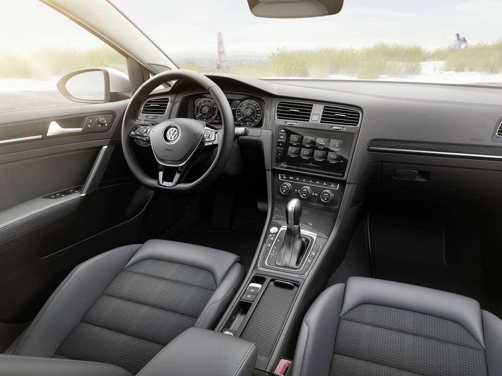 Volkswagen Golf 2017 машина