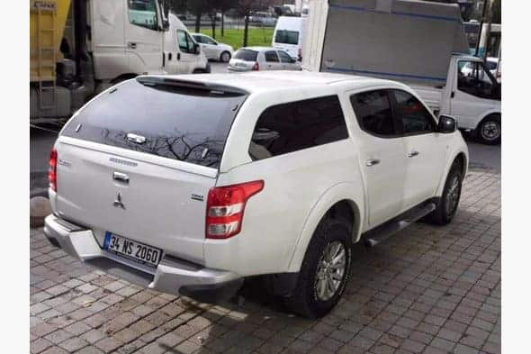 Mitsubishi L200 кунг