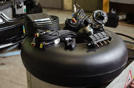 установка сжатого газа на авто