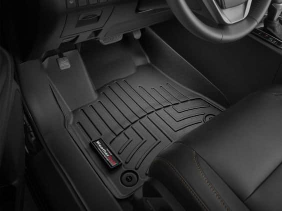 резиновый коврик в авто