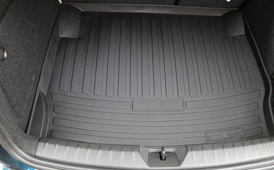полиуреетановый коврик в багажник вашего авто
