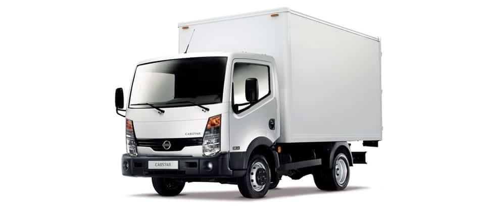 Грузовик Nissan Cabstar грузовик фото