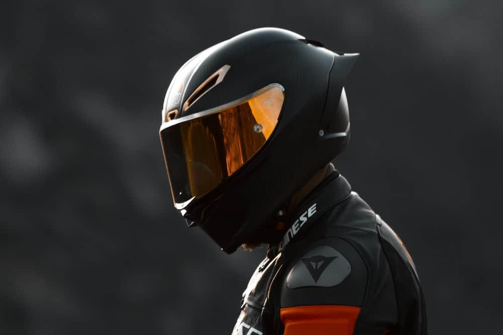 шлем для езды на мотоцикле фото