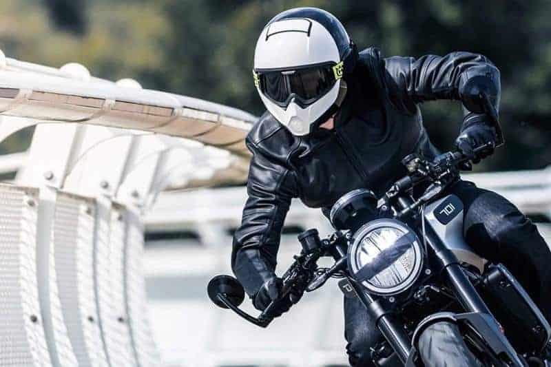 шлем для мотоцикла фото