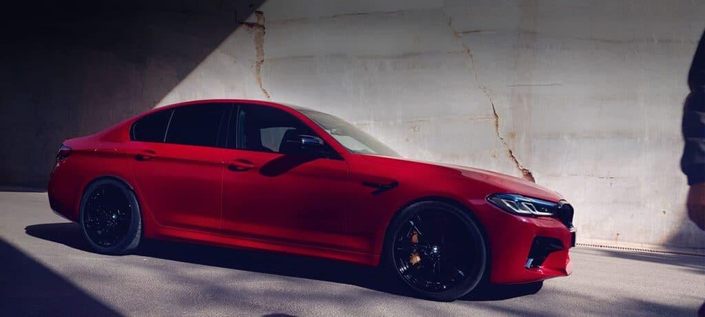 BMW красный фото